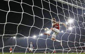 """""""Premier"""" lygos turas baigėsi """"Arsenal"""" pergale"""