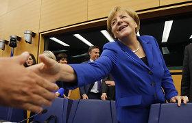 Angela Merkel pasveikino Nobelio taikos premiją laimėjusius tunisiečius