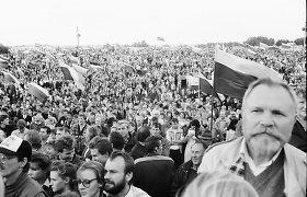 Sąjūdžio mitingą užfiksavęs M.Kavaliauskas: norėčiau, kad demokratija būtų mūsų laisvė geriausiomis išraiškos formomis