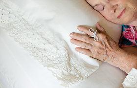 Kaip gelbėti su amžiumi silpstančią atmintį? Neurologo Š.Augusčio patarimai