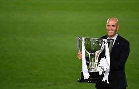 "Oficialu: Zinedine'as Zidane'as palieka ""Real"""
