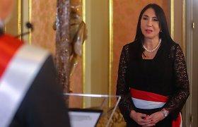 Peru plečiantis slapto vakcinavimo skandalui atsistatydino užsienio reikalų ministrė
