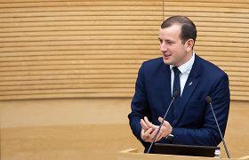 Eurokomisaras: A.Dulkio nenuoseklumas dėl vakcinos kelia visuomenės nepasitikėjimą