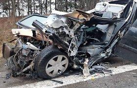 Skaudžioje avarijoje žuvo Palangos savivaldybės darbuotoja