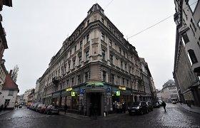 """Parduotas """"Snorui"""" priklausęs """"Latvijas Krajbanka"""" centrinės būstinės pastatas Rygoje"""