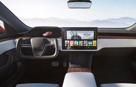 """Kas bendro tarp atnaujinto """"Tesla Model S"""" ir """"PlayStation 5""""?"""