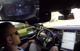 """JAV senatorius: """"Tesla"""" klaidina vairuotojus, daiktus reikia vadinti tikraisiais vardais"""