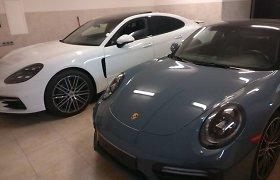 """Kamuolinių gaujos automobiliai: nuo """"Porsche"""" iki """"Tesla"""""""