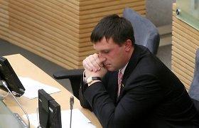 """A.Sacharukas tikina atsilaikęs prieš """"MG Baltic"""" viliones ir pagrasinęs nužudyti koncerno vadovus"""