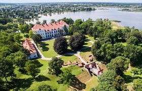 Širvėnos ežero pakrantėje įsitaisiusi gražuolė Biržų pilis