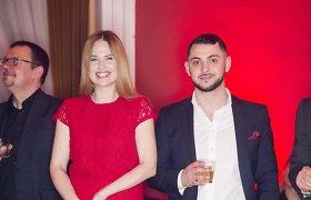 Apie mylimąjį Davidą Dolidzę neatviraujanti Ona Kolobovaitė su juo pirmąkart pasirodė viešumoje