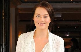 """""""Volstrito vilko"""" žvaigždė Margot Robbie užmezgė romaną su kolega Tomu Ackerley"""