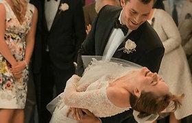 """Dakotos Johnson vestuvinė suknelė filme """"Penkiasdešimt išlaisvintų atspalvių"""""""