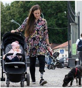 Avarijoje kojos netekusi Roberta augina dukrą ir svajoja suvaldyti žirgą paralimpiadoje: negalia yra normalu