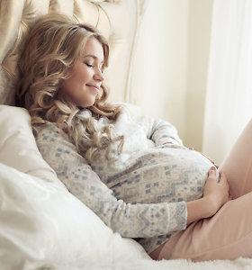 Kūdikis ir studijos. 22-ejų mamos patirtis ir psichologų patarimai, kaip nedidinti streso