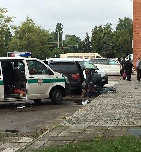 Nufilmuota nusikalstamo pasaulio atstovo M.Mažeikos sulaikymo operacija Kaune
