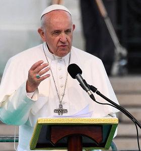 Popiežius dar kartą perspėja dėl melagingų naujienų