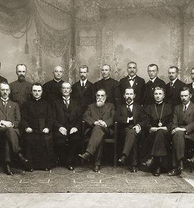 1918-ųjų Vasario 16-ąją valstybę atkūrusios Lietuvos Tarybos archyvo odisėja