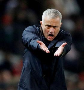 "Jose Mourinho sukritikavo ""Manchester United"" trenerį"
