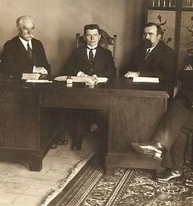 Ministrams – po revolverį: kodėl prieš 100 metų ministerijai vadovauti norėjo retas