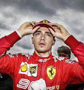 """""""Formulė 1"""" Sočyje: """"Mercedes"""" pilotai nepavijo """"pole"""" poziciją iškovojusio Ch.Leclerco"""