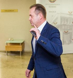Seime surinkti parašai dėl apkaltos Artūrui Skardžiui