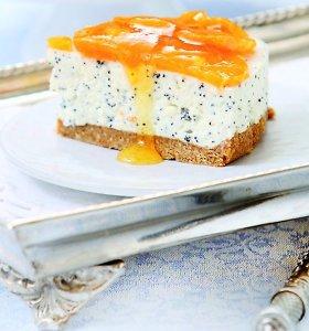 10 kvapniųjų mandarinų receptų: nuo gaivių salotų iki jogurtinio torto