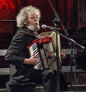 """Sunkiai sergančiam Andriui Kulikauskui kolegos muzikantai rengia paramos koncertą """"Būn tep"""""""