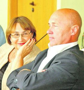 Varėnoje pranešta apie papirkinėjimą, Plungėje – apie kandidato turto prievartavimą