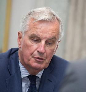 """ES derybininkas Michelis Barnier prašo daugiau laiko """"Brexit"""" susitarimui pasiekti"""