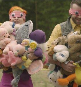 """Grupė """"Paramore"""" dainos """"Ain't it Fun"""" vaizdo klipe pasiekė 10 pasaulio rekordų"""