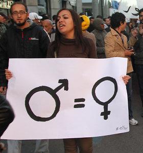 Tyrimas: šalyse, kuriose moterų teisės stipresnės, geresnė sveikata ir spartesnis augimas