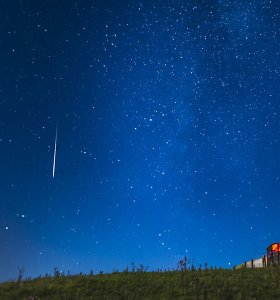 Kur šią naktį bus palankesnės sąlygos stebėti meteorų lietų