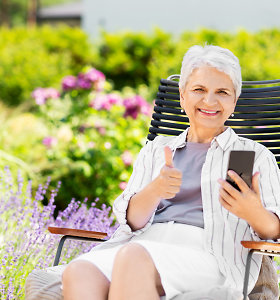 Į daržą – su išmaniuoju telefonu: padės susiplanuoti darbus, atpažinti ir naudingus augalus, ir piktžoles