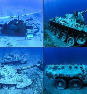 Vardan turistų Jordanijoje paskandinti tankai ir kariniai sraigtasparniai