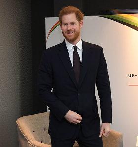 """Princas Harry """"simboliškai"""" išvyko į Kanadą"""