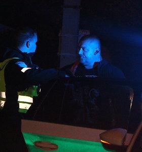 """Panevėžio gatvėmis vingiavęs girtas """"Volkswagen"""" vairuotojas savaitgalį praleis areštinėje"""