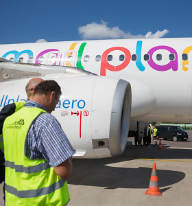 """""""Small Planet Airlines"""" pradėjo restruktūrizacijos procesą ir Lenkijoje"""