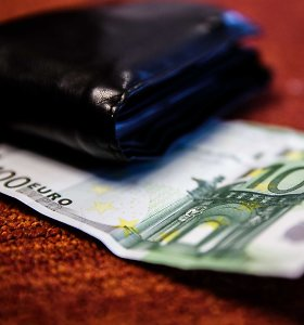 Vyriausybė pritarė socialinių stipendijų didinimui, bet siūlo atidėti naujovę iki 2020-ųjų