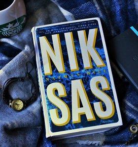 """Knygos recenzija. Nathano Hillo """"Niksas"""": priežasčių ir pasiteisinimų ieškojimas pasitelkiant dvasias"""