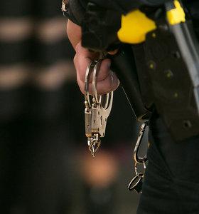 Policija pričiupo senoles Jonavoje šiurpinusį nepilnametį plėšiką: suimtas mėnesiui