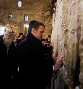 E.Macronas Jeruzalėje apšaukė Izraelio saugumo pareigūnus