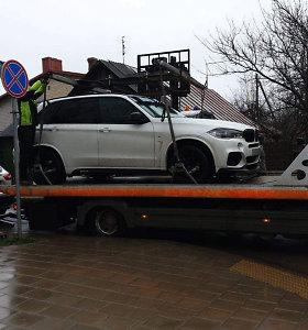 Ne vietoje Vilniuje palikę automobilį galite jo neberasti – grįžtama prie tokių mašinų nutempimo