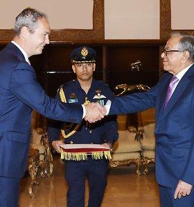 Lietuvos ambasadorius įteikė skiriamuosius raštus Bangladešo Prezidentui
