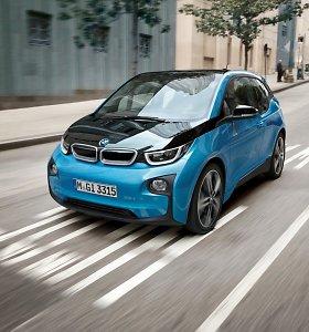 BMW dėl mažo ūgio žmonėms kylančios rizikos JAV atšaukia visus elektromobilius i3