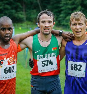 """Jubiliejinėje """"Gintarinėje jūrmylėje"""" – bėgikas iš Kenijos ir trasos rekordas"""