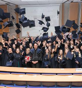 Prestižiniame ISM universitete išdalinti studijų baigimo diplomai