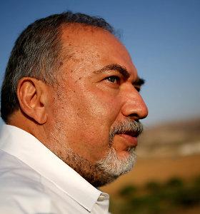 """Izraelioparlamentassvarstys mirties bausmės palestiniečių """"teroristams"""" įstatymo pataisą"""