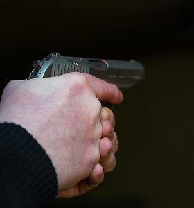 Prekybos centre Klaipėdoje dujiniu pistoletu apsiginklavęs vyras nusprendė pašaudyti