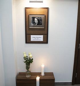 Artimieji ir draugai atsisveikina su Algimanto Čekuolio žmona Edita Čekuoliene